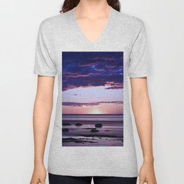 Coastal Sunset Sainte-Anne-Des-Monts Unisex V-Neck