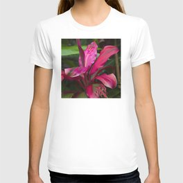 Vibrant Tropical Rainforest Jungle Leaves in Magenta-Pink T-shirt