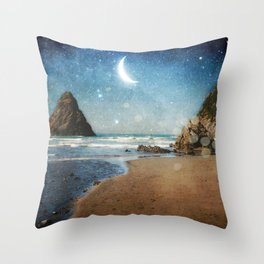 Oregon Moondust Throw Pillow