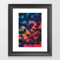 flyt nyce Framed Art Print