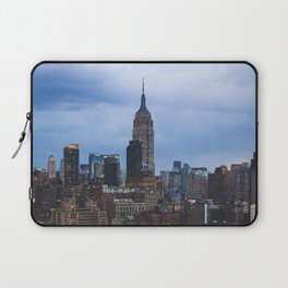 Empire State Building and the Manhattan skyline Laptop Sleeve
