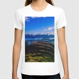 lake wanaka covered in blue colors new zealand beauties T-shirt