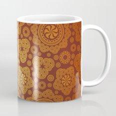 Warm Gold Paisley Pattern Mug
