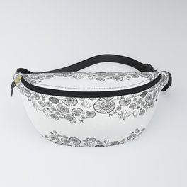 Grey and white beach shells Fanny Pack