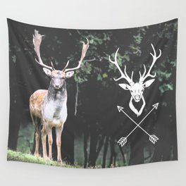 deer wild Wall Tapestry