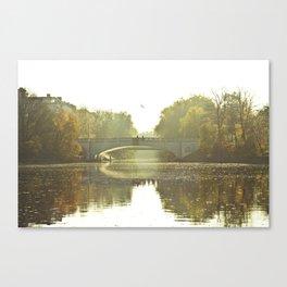 Herbst im Kanal, Berlin Canvas Print