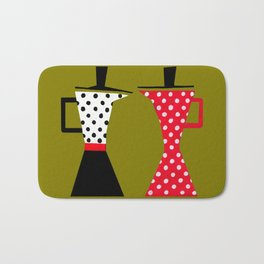 Ole coffee pot in olive green Bath Mat