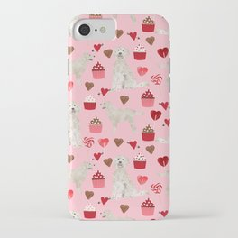 Golden Doodle dog breed valentines day art pattern dog gifts for dog lovers hearts and cupcakes iPhone Case