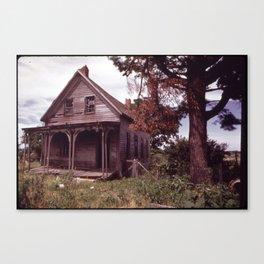 DESERTED HOUSE NEAR SMALL CROSSROADS VILLAGE OF DETROIT Canvas Print