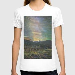 Startrails over nokhu crags T-shirt