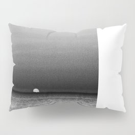 Sunset in Grayscale... Pillow Sham