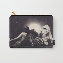 ...Lunes... Carry-All Pouch