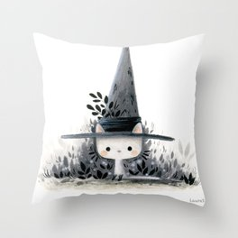 The wizard cat Throw Pillow
