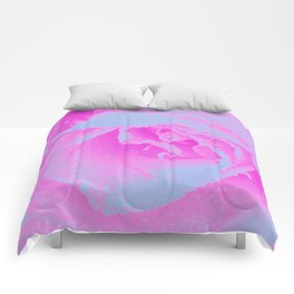 Perfect Hot Pink and Light Blue Rose Detail Comforters