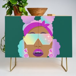 Top Puffs Girl #naturalhair #rainbowhair #shades #lipstick #blackunicorn #curlygirl Credenza