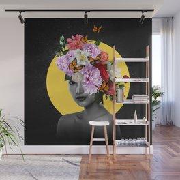 Chrysanthemum Queen Wall Mural