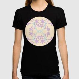 Soft Arc Flower Pattern T-shirt