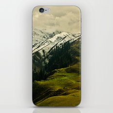 Spider mountain iPhone & iPod Skin