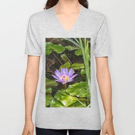 Exquisite water lily Unisex V-Neck