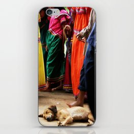 All dogs iPhone Skin