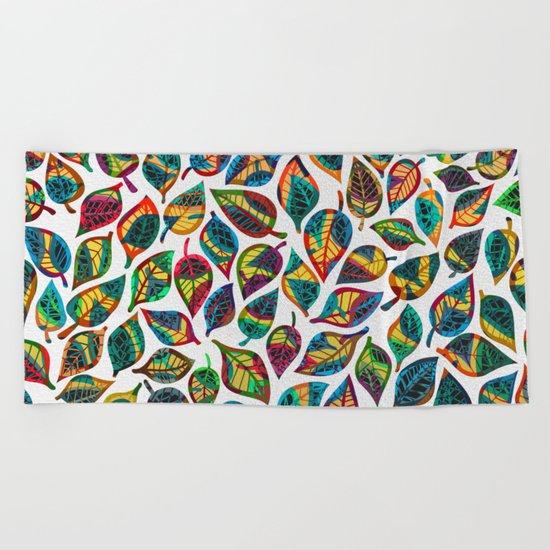 Multicolor Leaf Pattern 2 Beach Towel