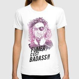 Snake is badass !! T-shirt