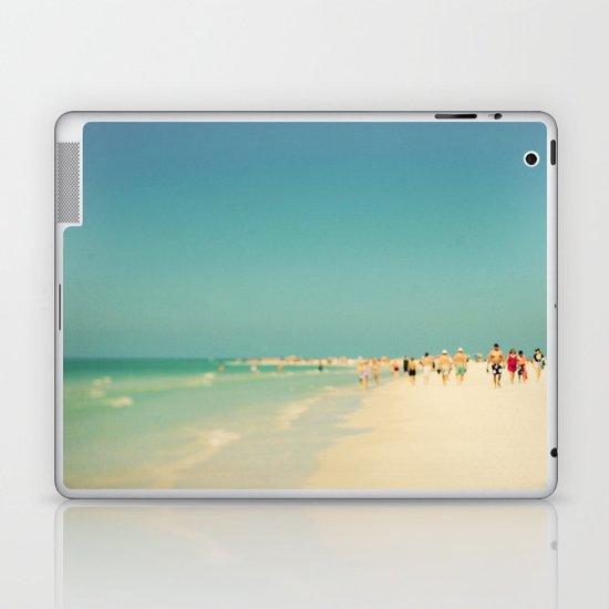 Siesta #5 Laptop & iPad Skin