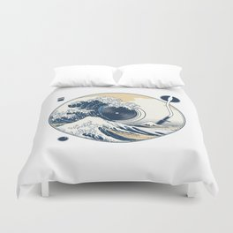 The Great Wave off Sound Duvet Cover