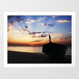 La barca en la playa Art Print