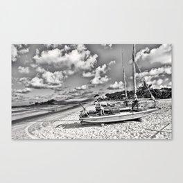 Lagune Nuageuse Canvas Print