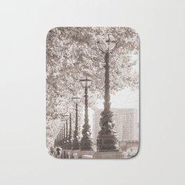 Leafy Promenade Bath Mat
