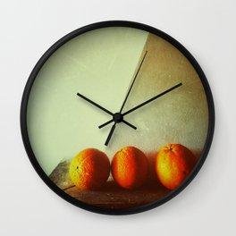 Composición con naranjas  Wall Clock