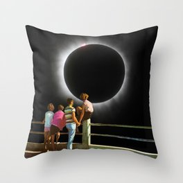 Watching the eclipse Throw Pillow