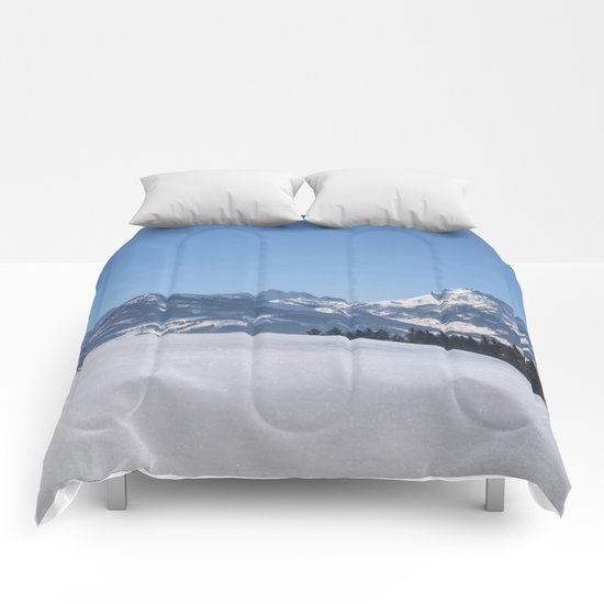 Winter Wonderland III Comforters