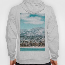Houses are not allowed past the middle of that mountain. Hoody