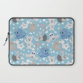 Snowball fight!!! Laptop Sleeve