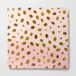 Rose Quartz With Gold Pattern Metal Print