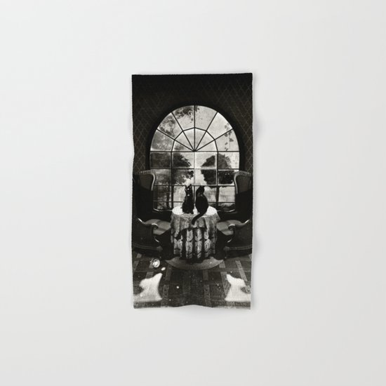 Room Skull B&W Hand & Bath Towel