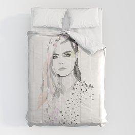 Cara Delevigne Comforters