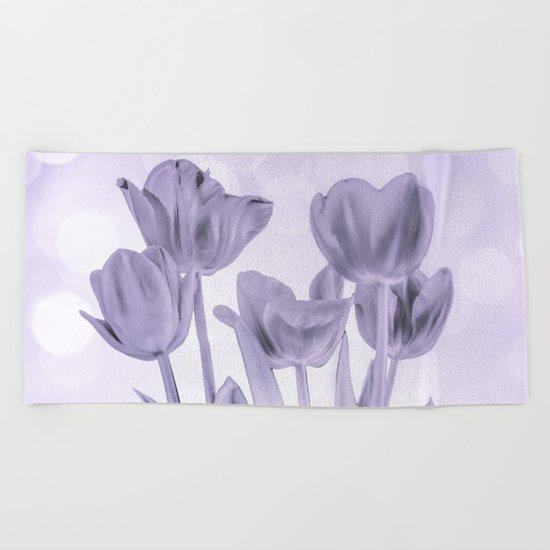 Tulips (b&w) Beach Towel