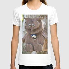 Tree Swallow in Bird House T-shirt