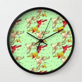 nid de coucou Wall Clock