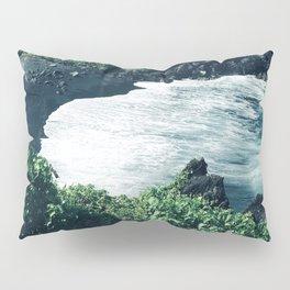 Breathtaking Black Sand Hawaiian Beach With Ocean Surf Pillow Sham