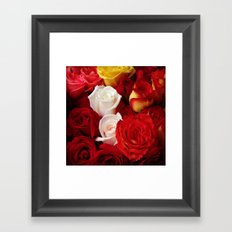 Rosas Framed Art Print