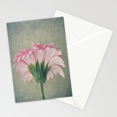 Flat Pink Gerbera Textured Stationery Cards