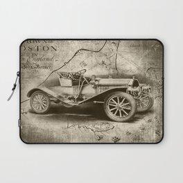 1907 Buick Laptop Sleeve
