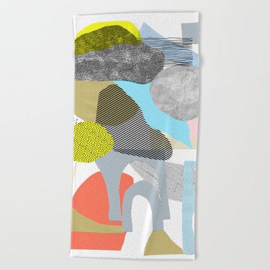 rock city Beach Towel