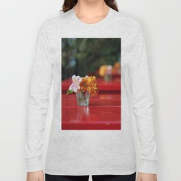 The red table Long Sleeve T-shirt