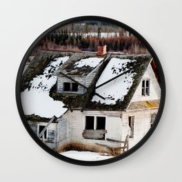 Usona Farm House 4 Wall Clock