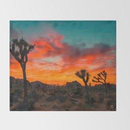 Desert sunset Throw Blanket